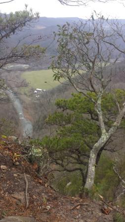 Seneca Rocks, Virginia Occidental: view just beyond observation platform