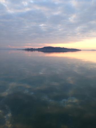 Torricella di Magione, Italia: La vista d'inverno al tramonto...