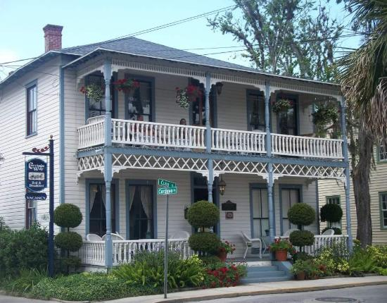 Carriage Way Bed & Breakfast: Carriage Way Bed and Breakfast
