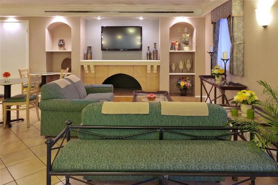 La Quinta Inn Sacramento North: Lobby