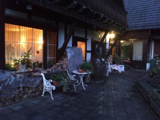 Haus Hubertus: Eingang zur Pension