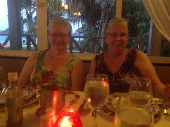 Melia Las Americas: Dining at Limencello