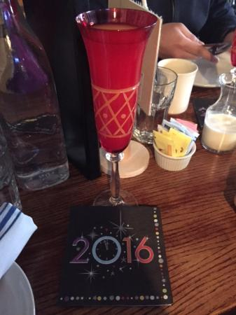 Malden, Μασαχουσέτη: Mimosas to start off the new year