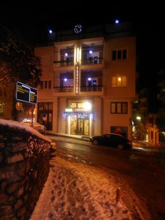 Orestion Hotel: IMG_20160103_212620_large.jpg
