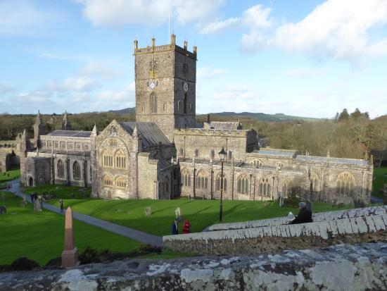 Lamphey, UK: St Davids Cathedral