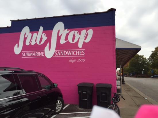 Murfreesboro, TN: Sub Stop