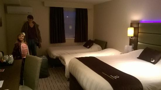 family room picture of premier inn leeds city west hotel