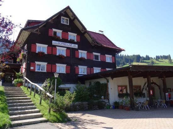 Gasthof Kreuz in Hirschegg im Kleinwalsertal