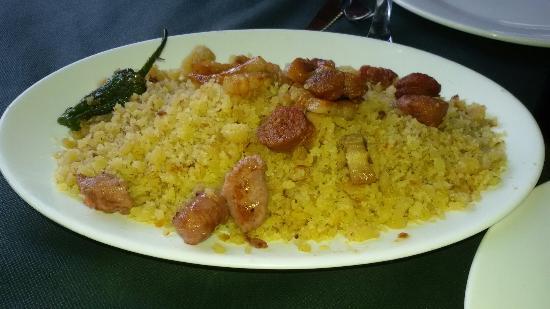 Gebas, Spagna: Platos tipicos del restaurante.