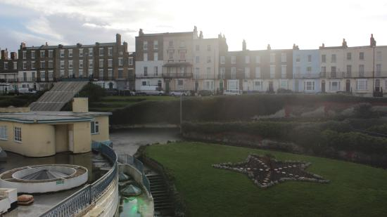 The Bay Guest House: Fort Crescent