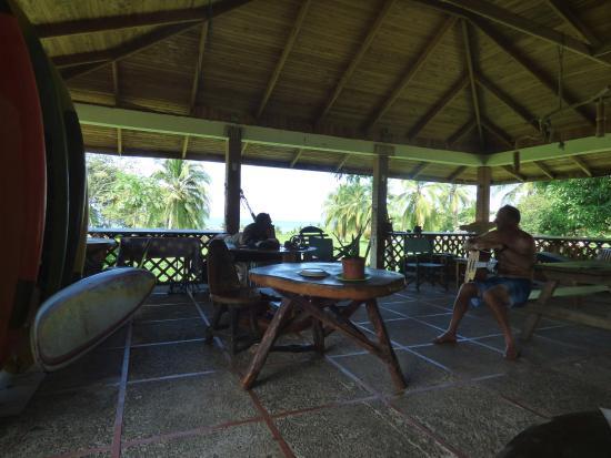 Pavones, Costa Rica: Agua Vida open-air pavilion.