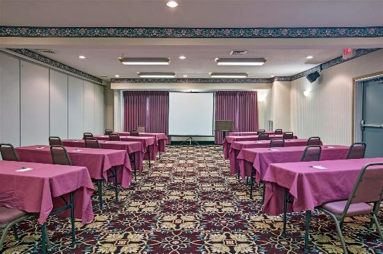 La Quinta Inn & Conference Center Auburn : meeting room