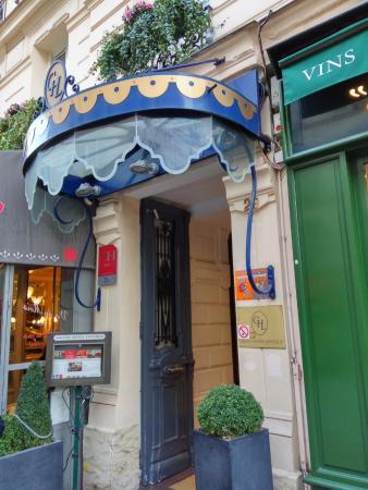 Grand Hotel Leveque: Front Door