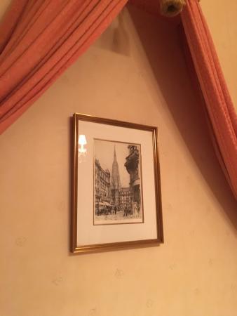 Hotel Zur Wiener Staatsoper: photo1.jpg