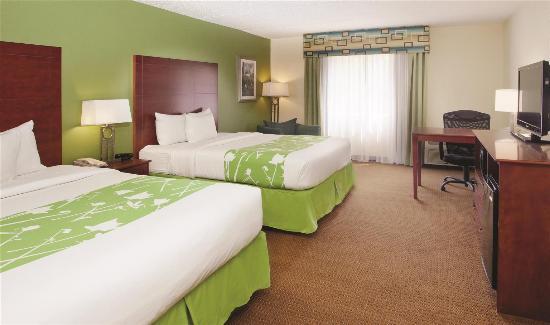 La Quinta Inn & Suites Valdosta / Moody AFB: Guestroom