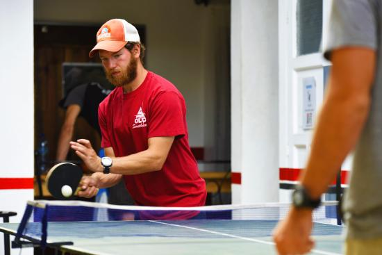 Base Camp Hostel: Ping-Pong fun