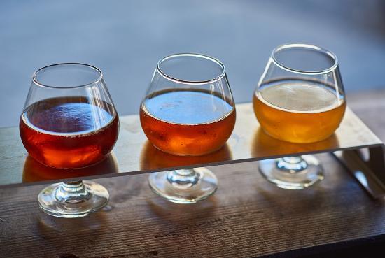 Slo Brew Company: Beer Flight $6