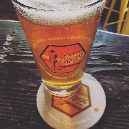 Slo Brew Company: Honey Blonde Pint