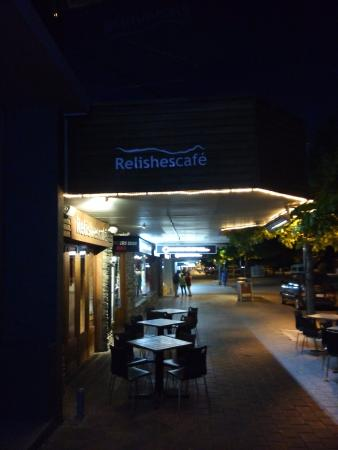 Relishes Cafe: Outside