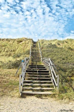 VVF Villages Blériot : L'escalier pour aller a la plage
