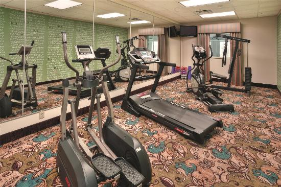 Pawcatuck, CT: Fitness Center