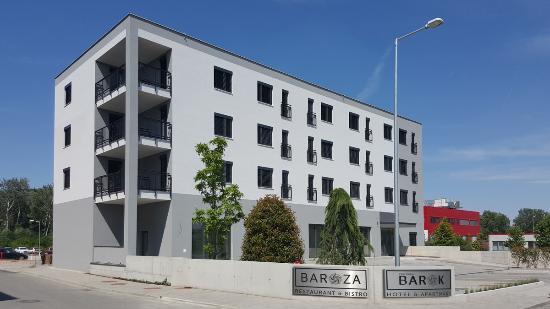 Barok - Hotel and Apartments