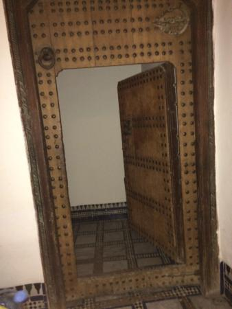 Hotel & Spa Riad Dar Bensouda: Porte d'entrée