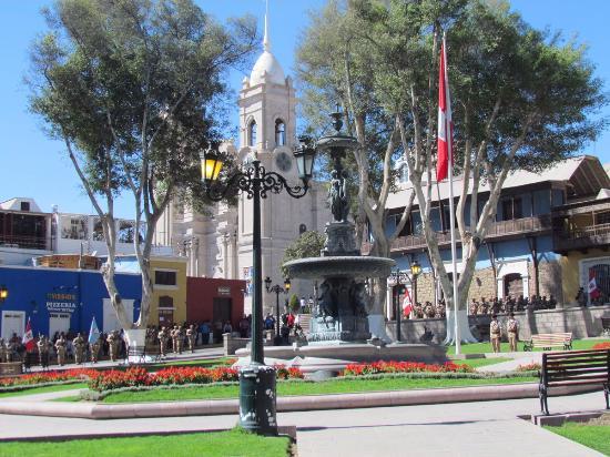 Moquegua, เปรู: Plaza de Armas