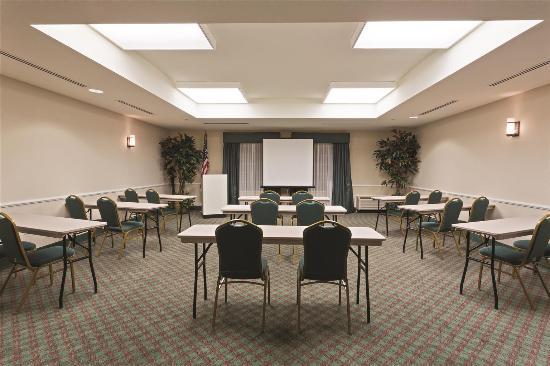 La Quinta Inn & Suites Fort Myers Airport: meeting room