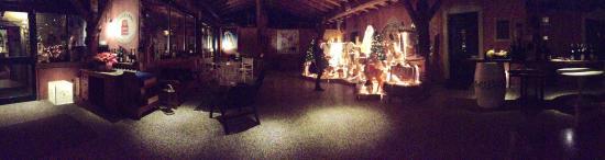 Alseno, Italy: Magico giardino d'inverno ❄️❤️