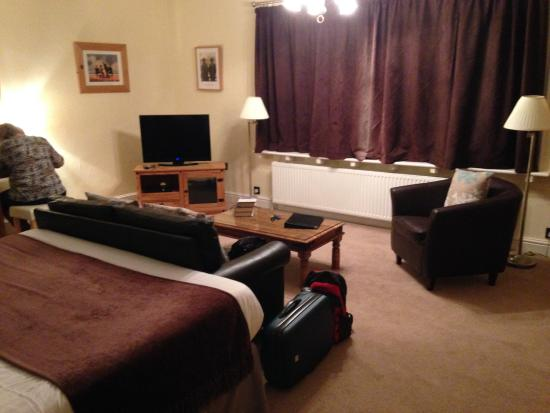 Woodhayes Country House: Large room
