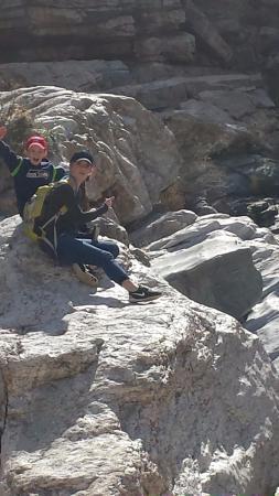 Tanque Verde Falls: Enjoying the sun!