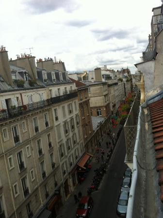 Hotel Delambre: View of street from room