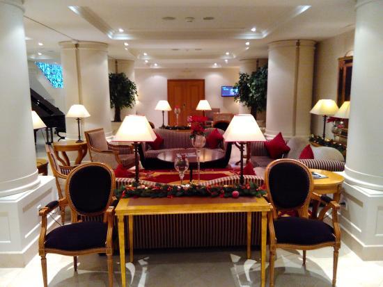 Hotel Royal - Manotel Geneva: Un altro salotto