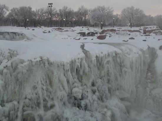 Falls Park: FB_IMG_1451952389594_large.jpg