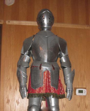 Lyndhurst, Nueva Jersey: ロビーに飾られたアーマー