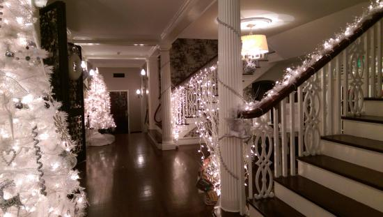 Briarcliff Manor, Nova York: Entry