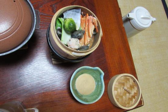 Kaieikan Shachitei : 夕食、蟹の蒸籠蒸