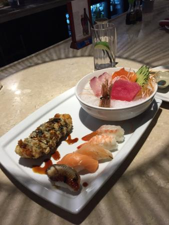 Shiki Sushi House & Asian Bistro: photo1.jpg
