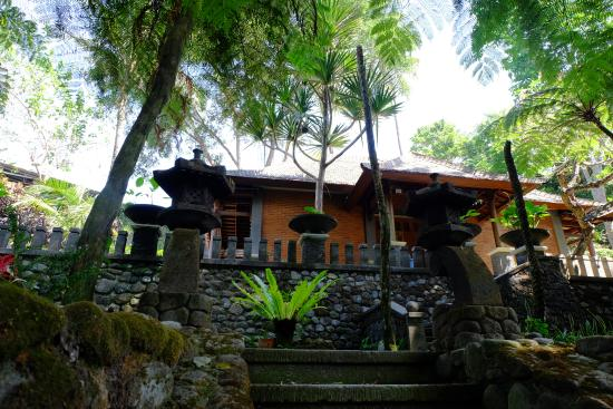 Omah Pakem Resort