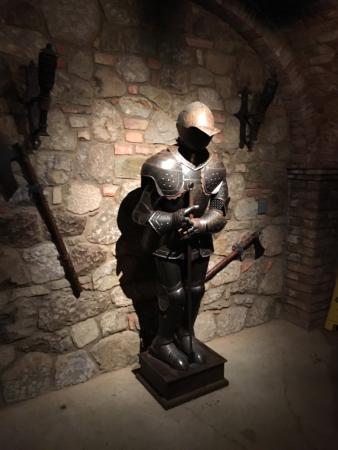 Castello di Amorosa: photo5.jpg
