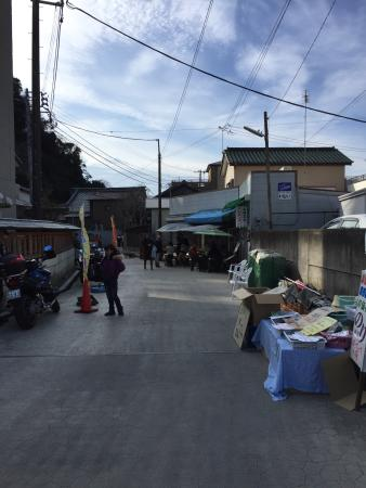 Morning Market: photo0.jpg