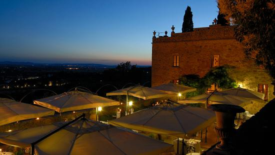 Relais Il Falconiere & Spa: Tuscan sunset