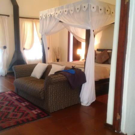Hulala Lakeside Lodge Picture
