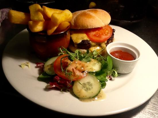 The Tipple Inn: The Tipple Cheeseburger