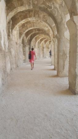 Aspendos Ruins and Theater: Sahne arası