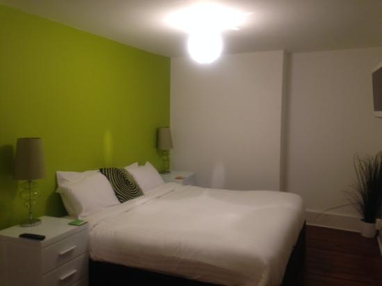 Limehouse: Spacious and clean and colourful