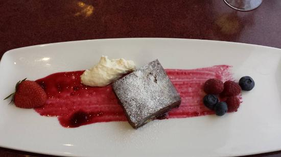 Blue Shed: Dessert - warm chocolate brownie