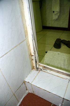 Chez Batista Villas: Dusche inner Superior Zimmer 1
