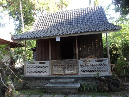 Buwit, Indonesia: Wooden House